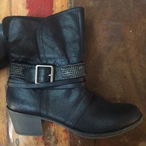 Rampage booties-size 8-excellent Condition !